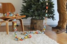 DIY tree stump Christmas tree stand