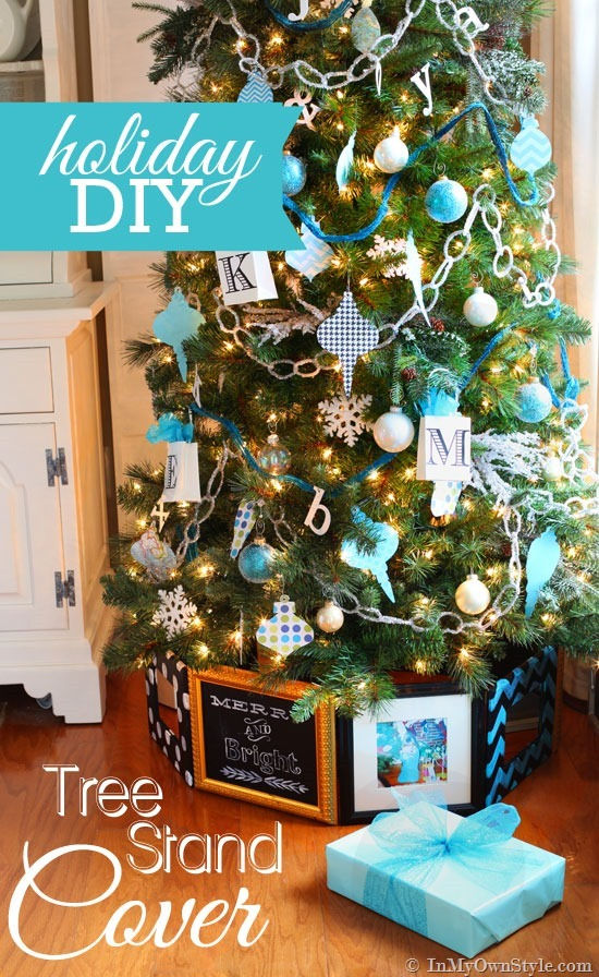 DIY geometric photo frame and mirror Christmas tree stand  (via inmyownstyle.com)