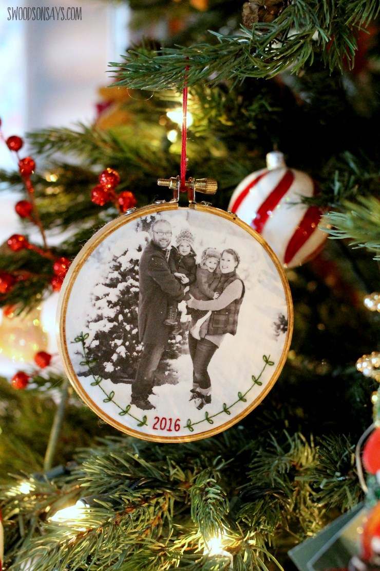 DIY embroidery family photo ornament for Christmas