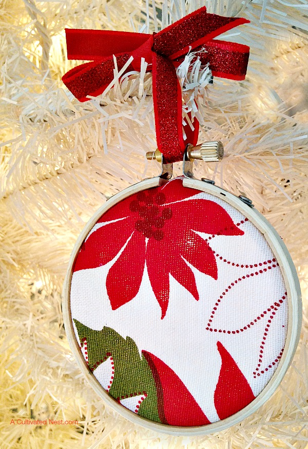 DIY fast thrift fabric embroidery hoop Christmas ornament (via acultivatednest.com)