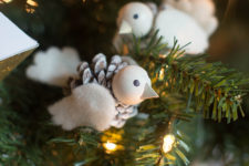 DIY pinecone bird Christmas ornament