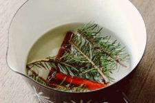 DIY Christmas potpourri of nutmeg berries, cloves, rosemary and pine needles