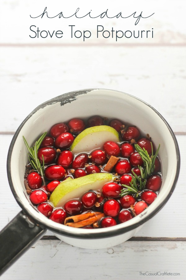 DIY holiday potpourri of fresh fruit and rosemary (via www.purelykatie.com)