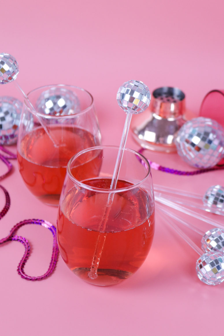 DIY disco ball drink stirrers for holiday parties (via www.clubcrafted.com)