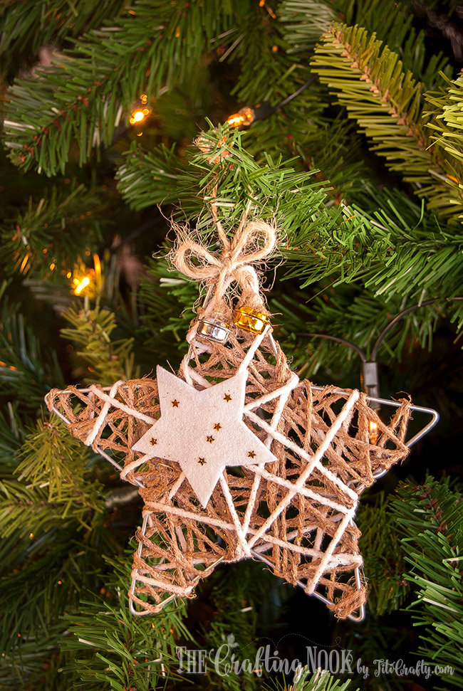 DIY glittered twine star Christmas ornaments with fabric stars (via thecraftingnook.com)