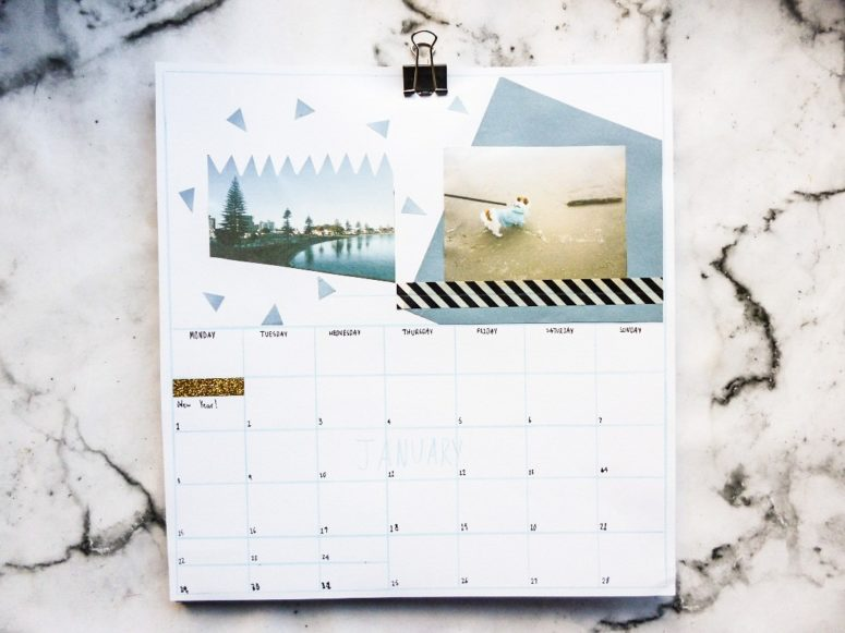 DIY personalized calendar with photos (via www.thatgreenolive.com)