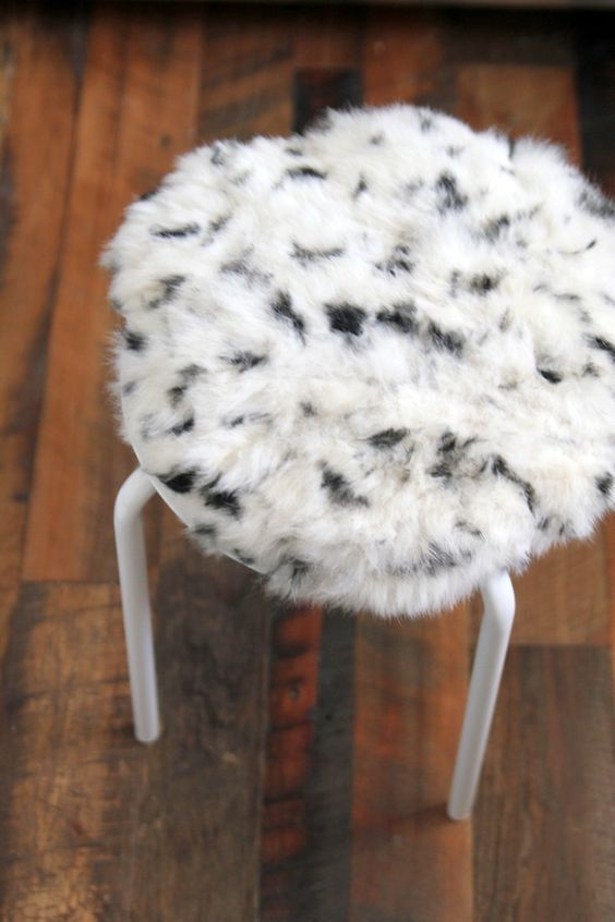 IKEA Marius stool is very easy to renovate with some faux fur attaching it to the top