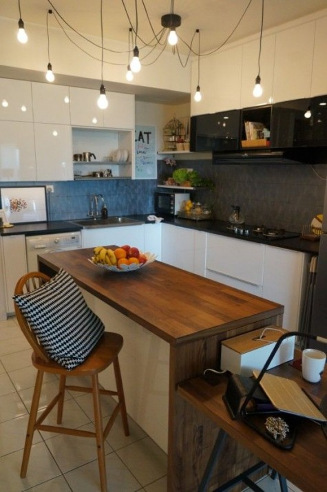 a chic modern kitchen island made using IKEA Metod panels is a gorgeous idea for a modern space