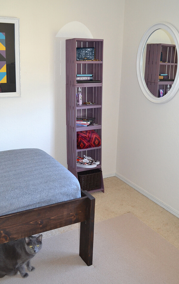 DIY easy tall crate bookshelf  (via www.dreamalittlebigger.com)