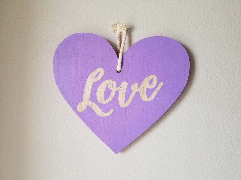 DIy Valentine's Day decor with vinyl stickers (via www.gyctdesigns.com)