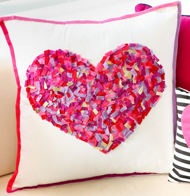 DIY pillowcase with a confetti heart in the center (via akailochiclife.com)