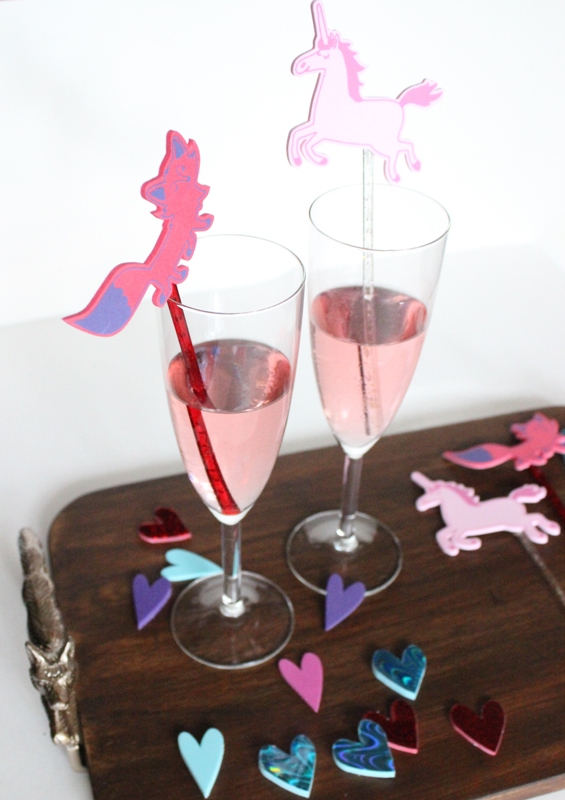 DIY unicorn and fox Valentine's Day stirrers (via mainstreetmelissa.com)