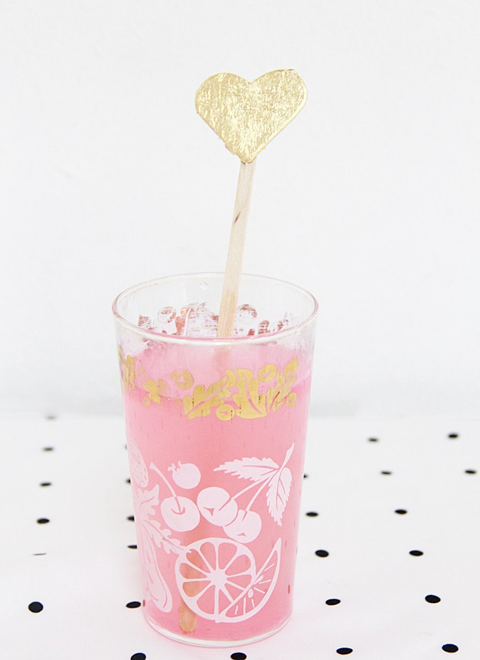 DIY gold leaf heart drink stirrers (via abubblylife.com)