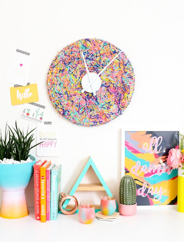 DIY colorful funfetti wall clock (via akailochiclife.com)