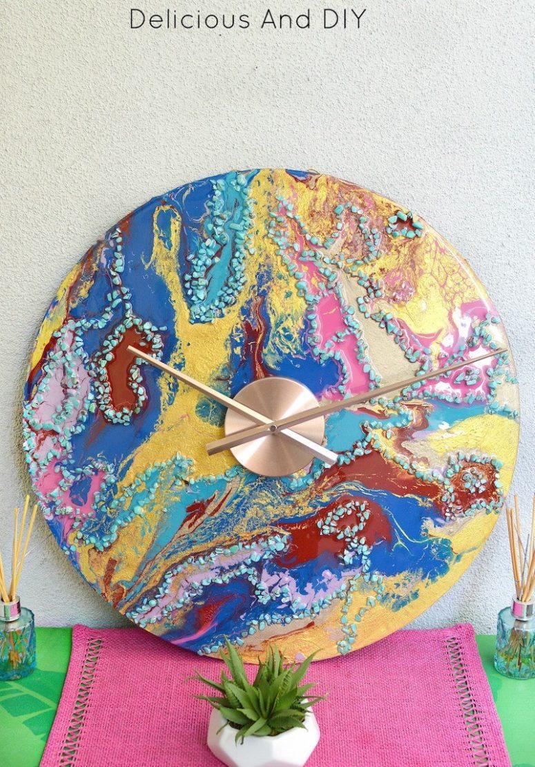 DIY bright marble resin wall clock (via www.deliciousanddiy.com)