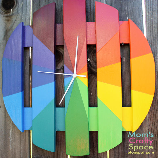 DIY colorful rainbow clock for indoors and outdoors (via www.happinessishomemade.net)