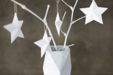 DIY faceted paper vase