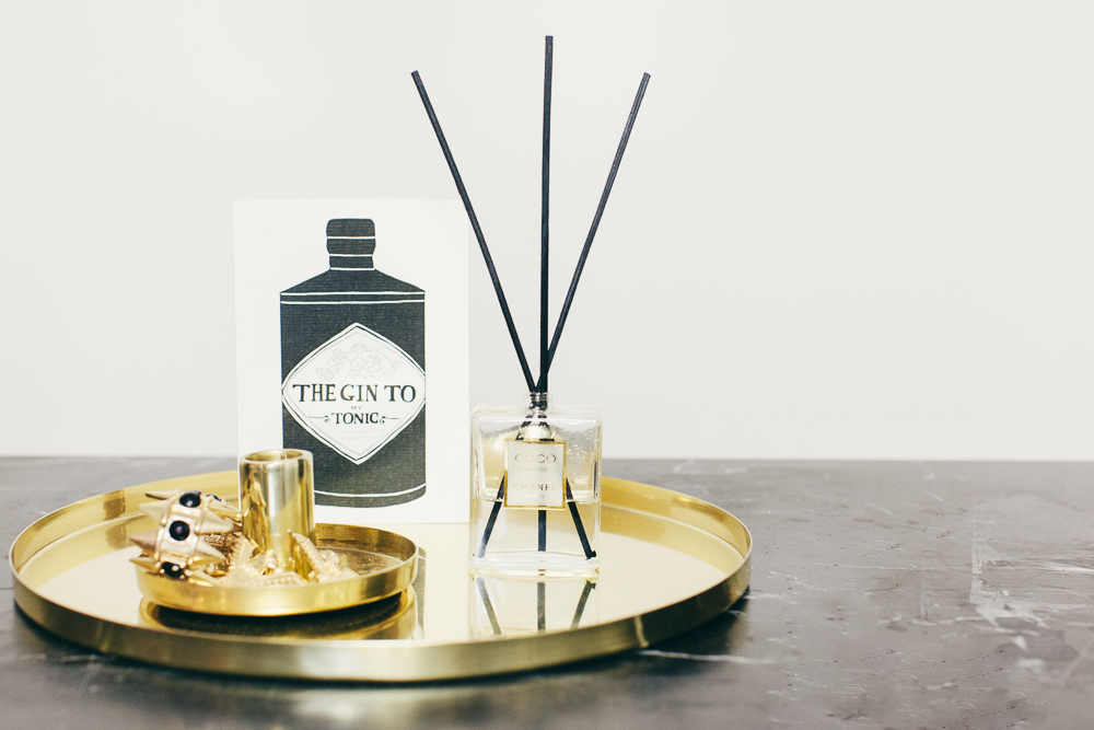 DIY oil reed diffuser with your favorite fragrances