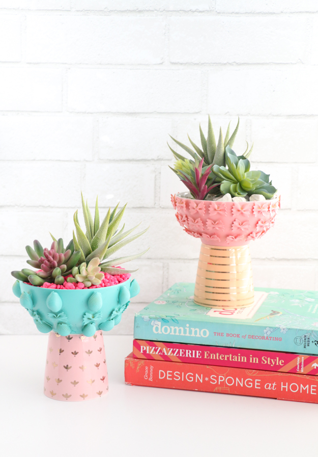 DIY painted colorful pasta planters (via akailochiclife.com)
