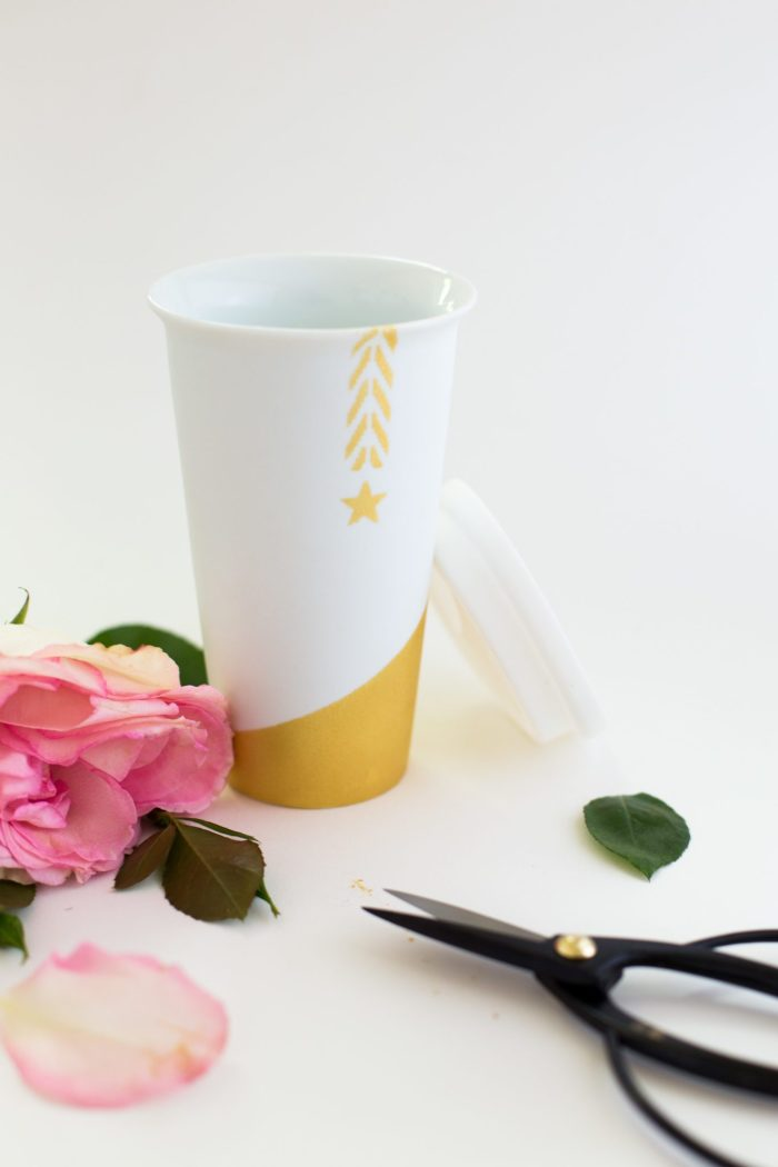DIY chic stenciled travel coffee mug (via www.flaxandtwine.com)
