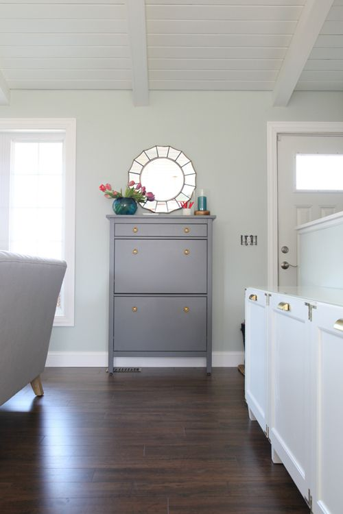 paint your IKEA Hemnes shoe cabinet in grey and add metlalic knobs to make it look more stylish and catchy