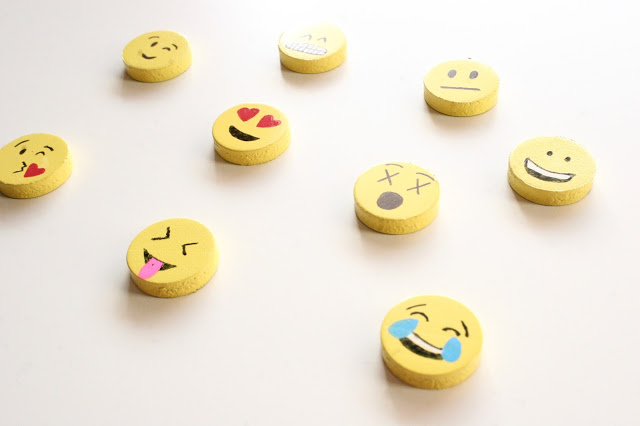 DIY emoji magnets for fun locker decor (via www.thesurznickcommonroom.com)