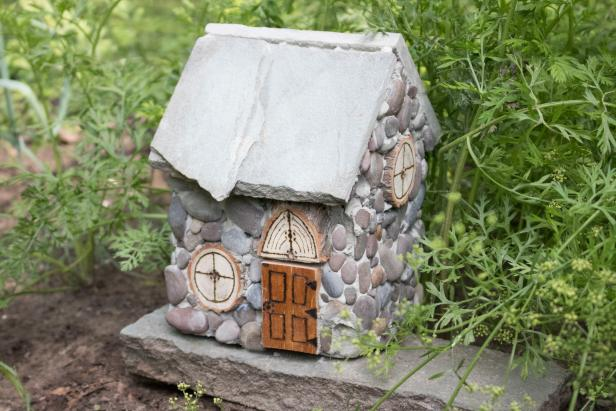 DIY cobblestone fairy house for your garden (via www.diynetwork.com)
