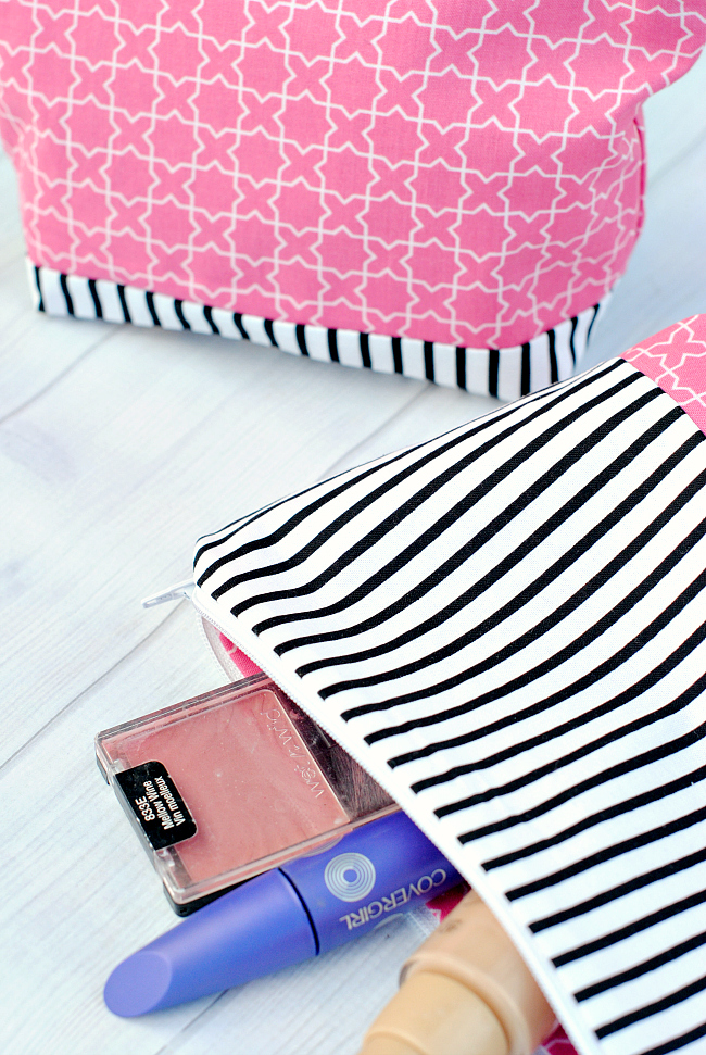 DIY easy makeup pouch pairing two patterns (via crazylittleprojects.com)