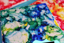DIY bright watercolor coasters with sharpie markers