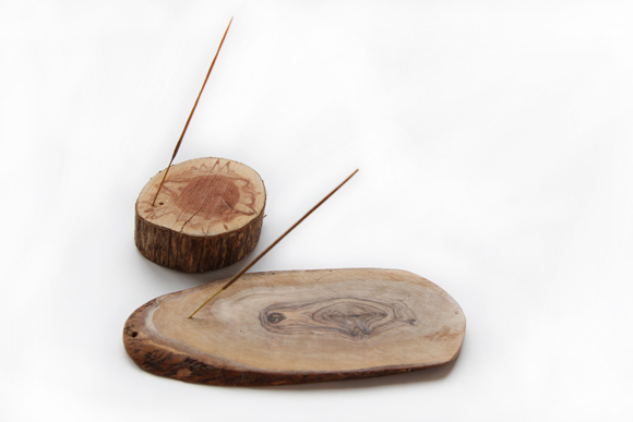 DIY rustic wooden slice incense holder (via blog.freepeople.com)