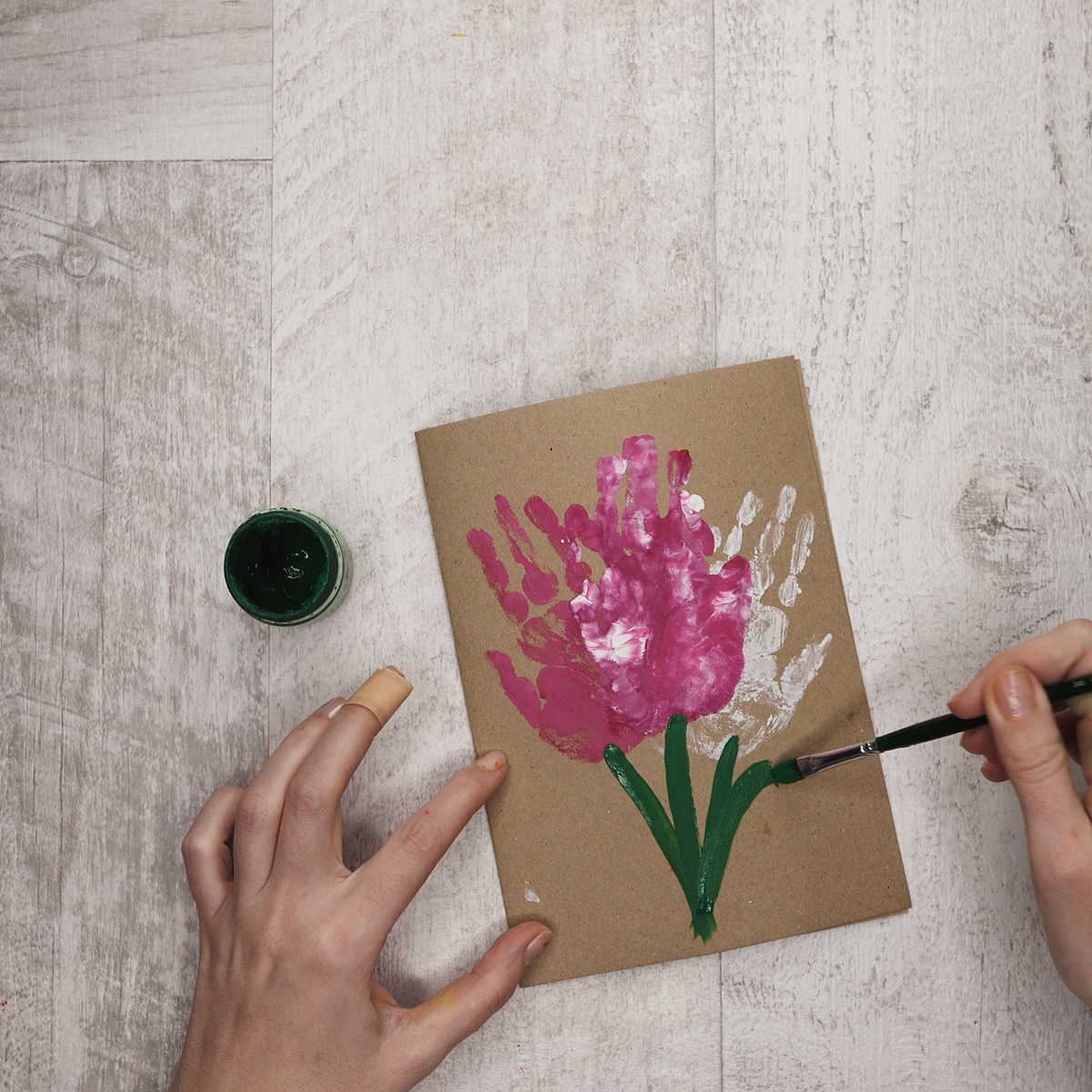 5 diy spring tulip cards your kids can make