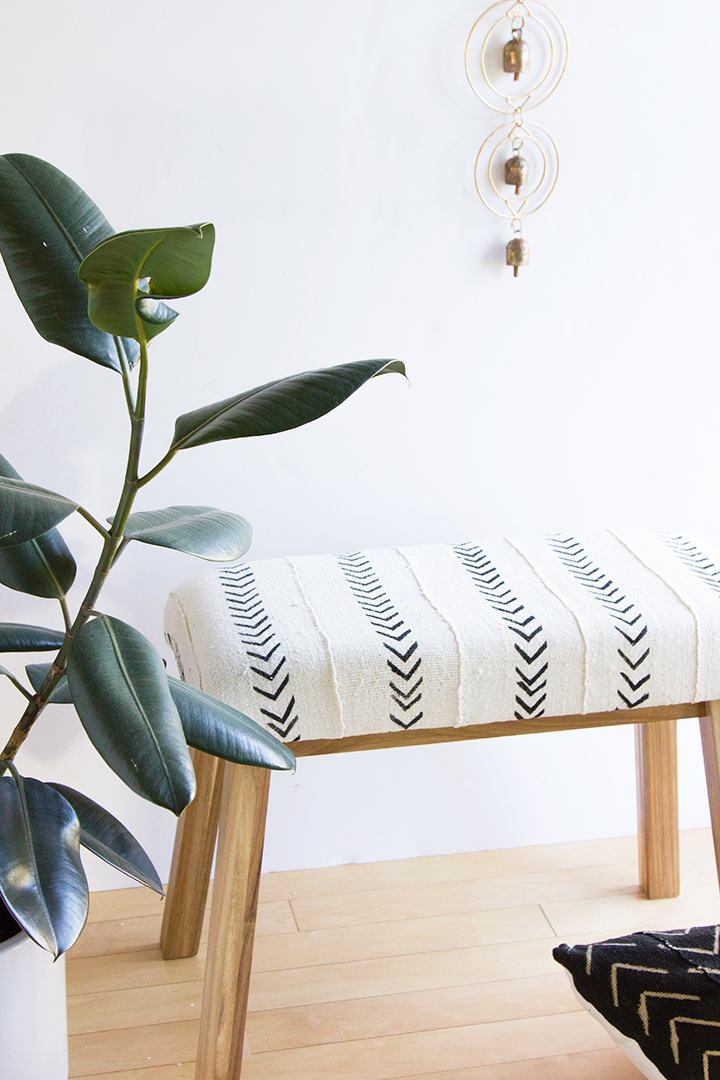 DIY plain IKEA bench into a boho chic one with mudcloth (via undefined)