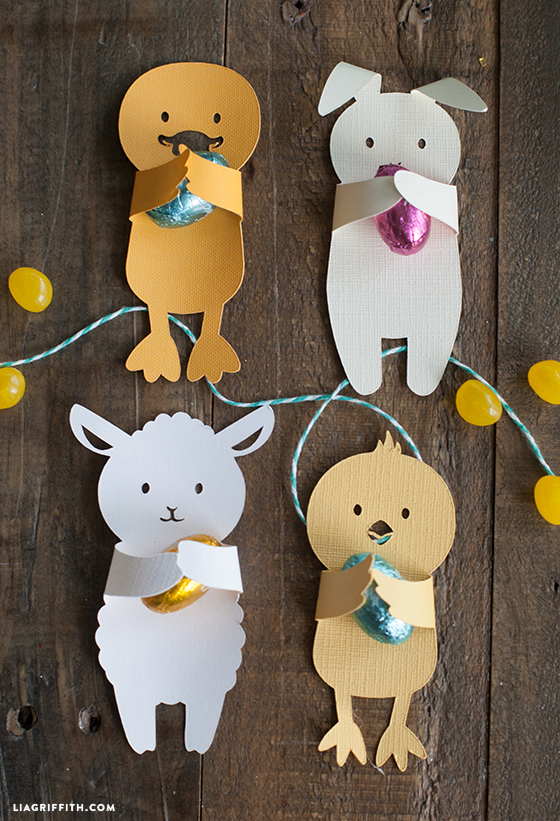 DIY cute animal Easter candy huggers for kids (via undefined)