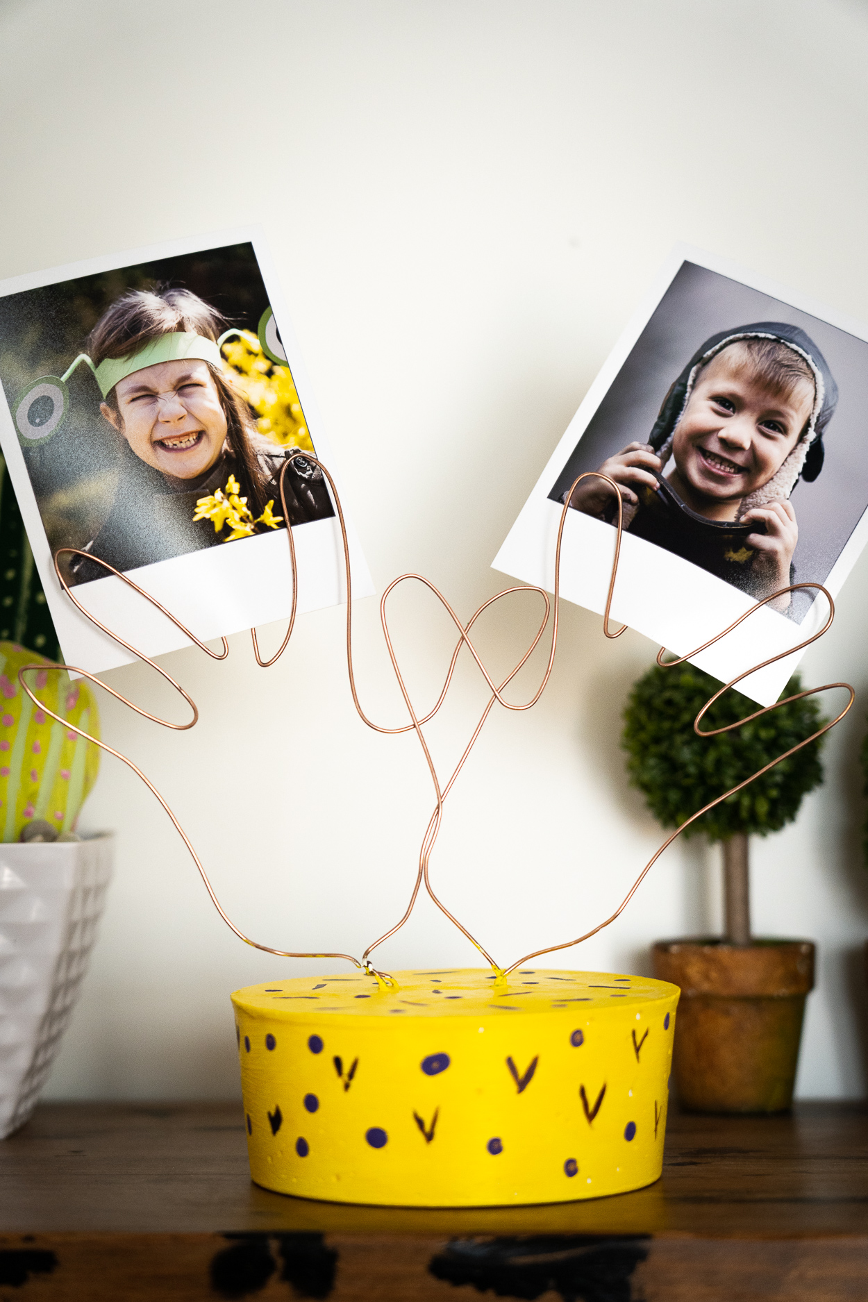 diy concrete handprint photo holder