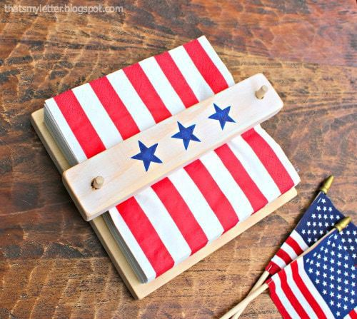 DIY scrap wood napkin holder with patriotic decor (via undefined)