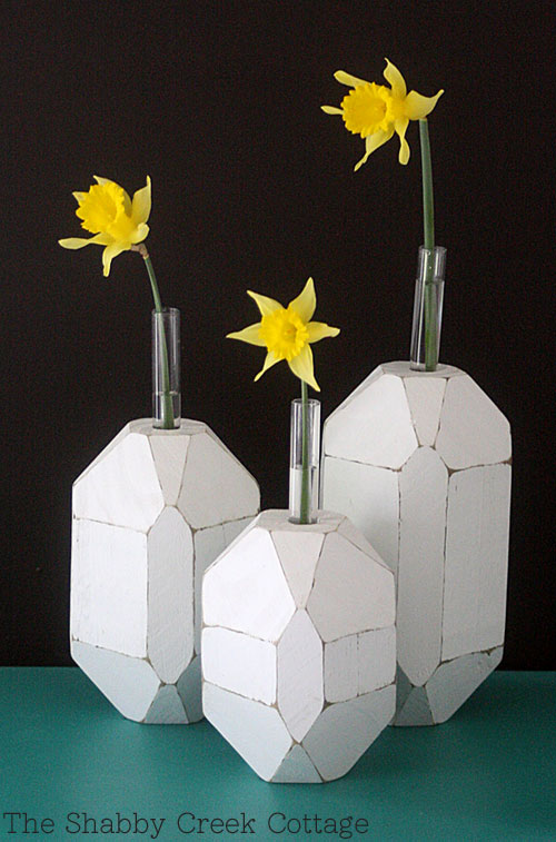 DIY faceted bud vases of wooden blocks and test tubes
