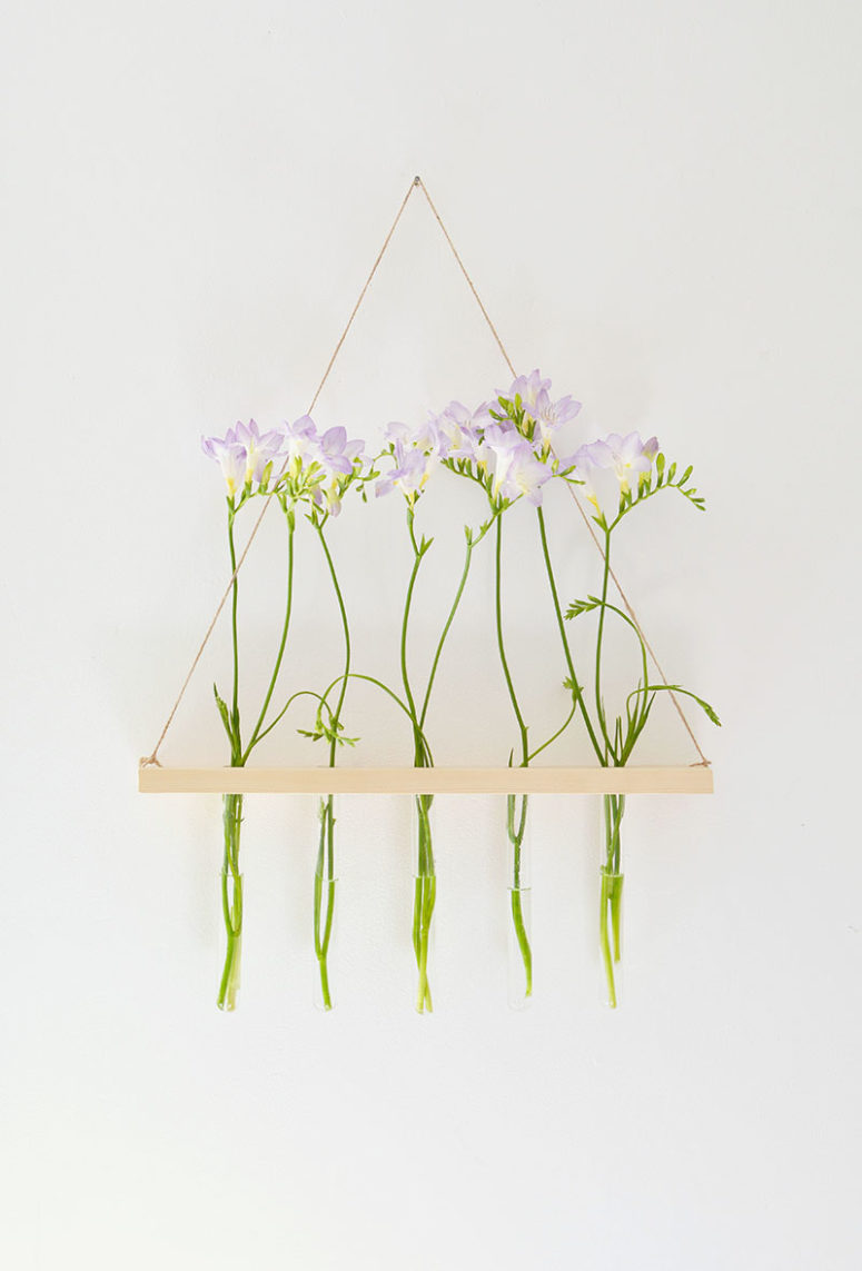DIY hanging wooden display for test tube vases (via www.burkatron.com)