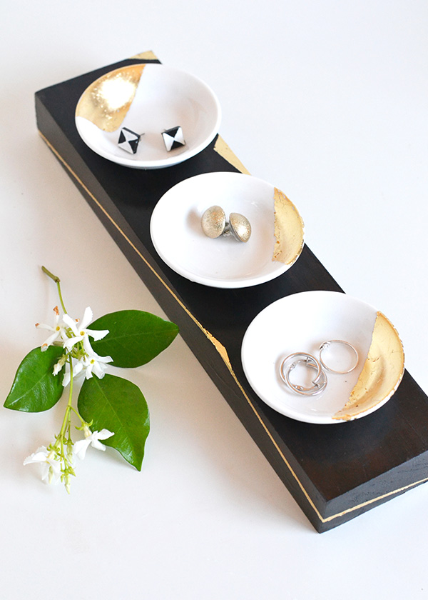 DIY gold leaf trinket dishes and a matching holder (via undefined)