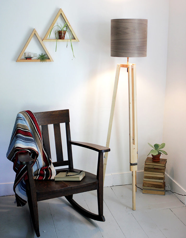 DIY tripod floor lamp with a wood grain lampshade (via undefined)