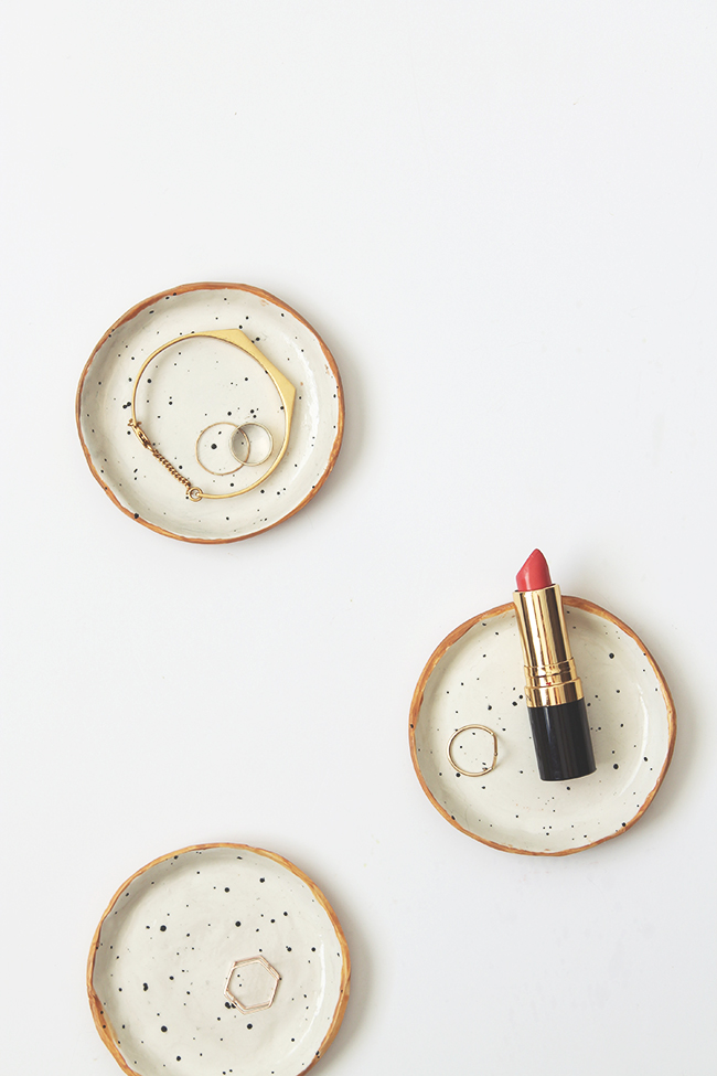 DIY speckled nesting bowls for various jewelry