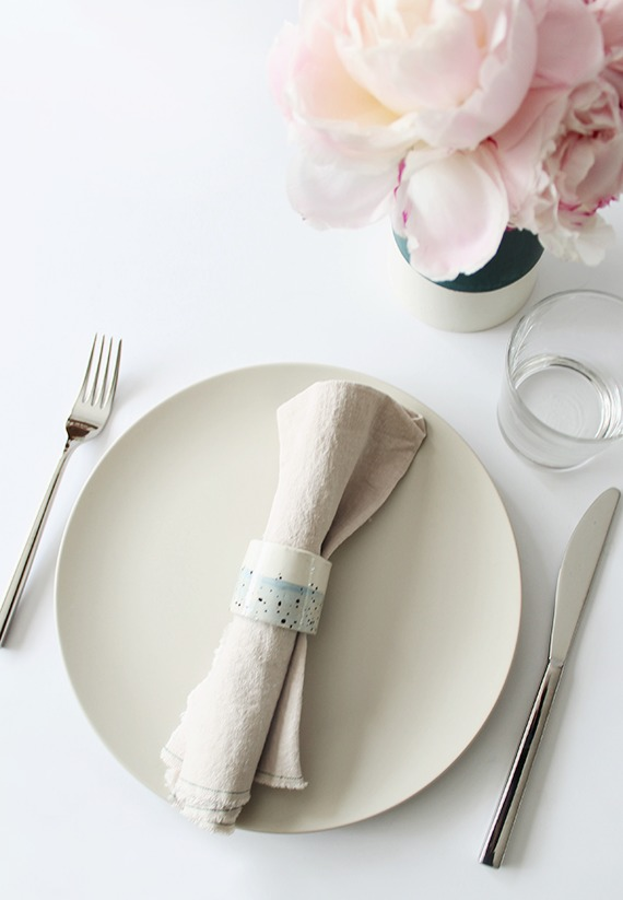 DIY subtle blue speckled napkin rings (via almostmakesperfect.com)