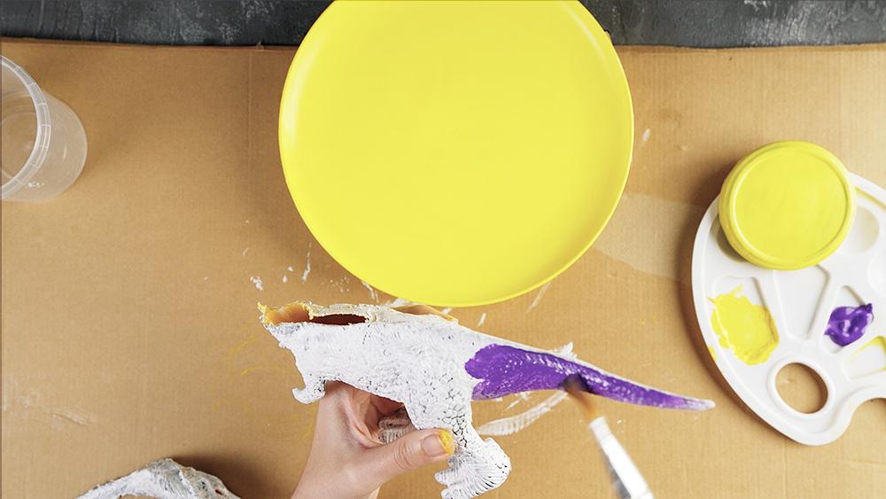 5 diy dinosaur birthday table decor ideas