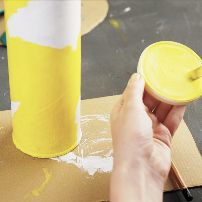 DIY Doggy Coin Bank Made Of A Pringles Can - Shelterness
