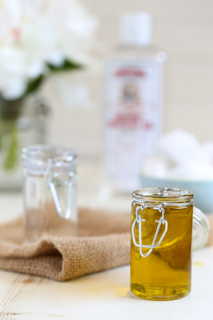 DIY witch hazel and jojoba oil makeup remover