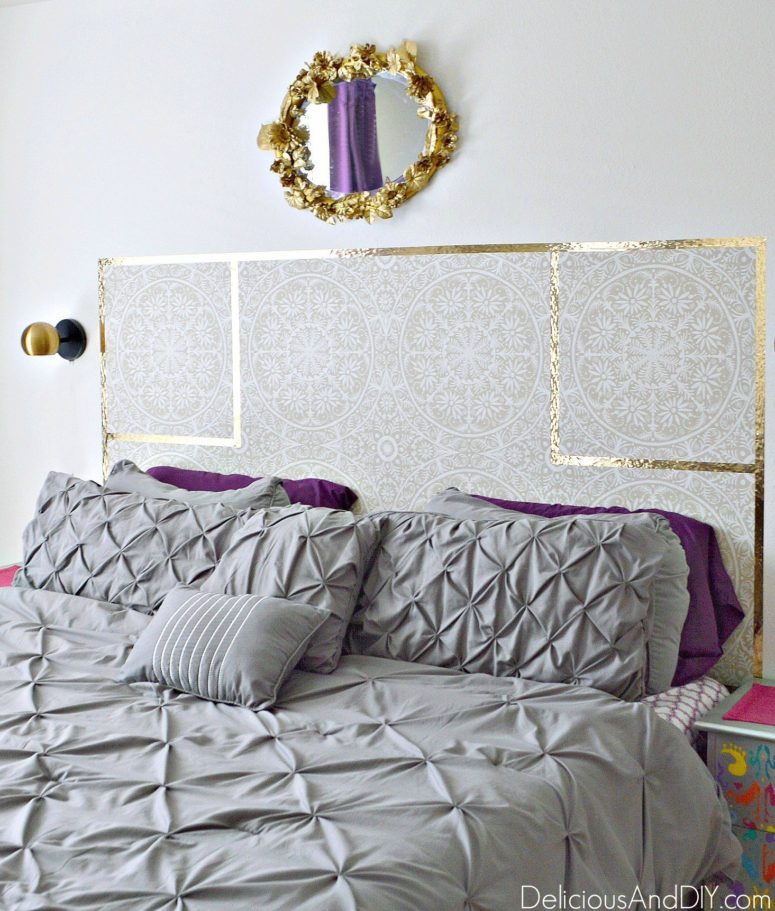 DIY removable wallpaper headboard  (via www.deliciousanddiy.com)