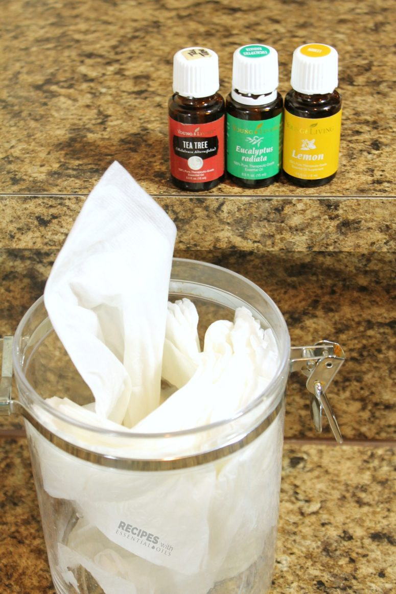 DIY kitchen cleaning wipes with a cool smell (via www.recipeswithessentialoils.com)