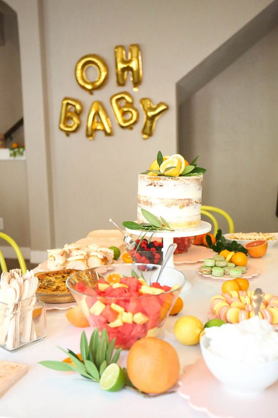 Citrus baby shower is a veyr actual and bright summer party idea, incorporate more refreshing fruit into treats and decor