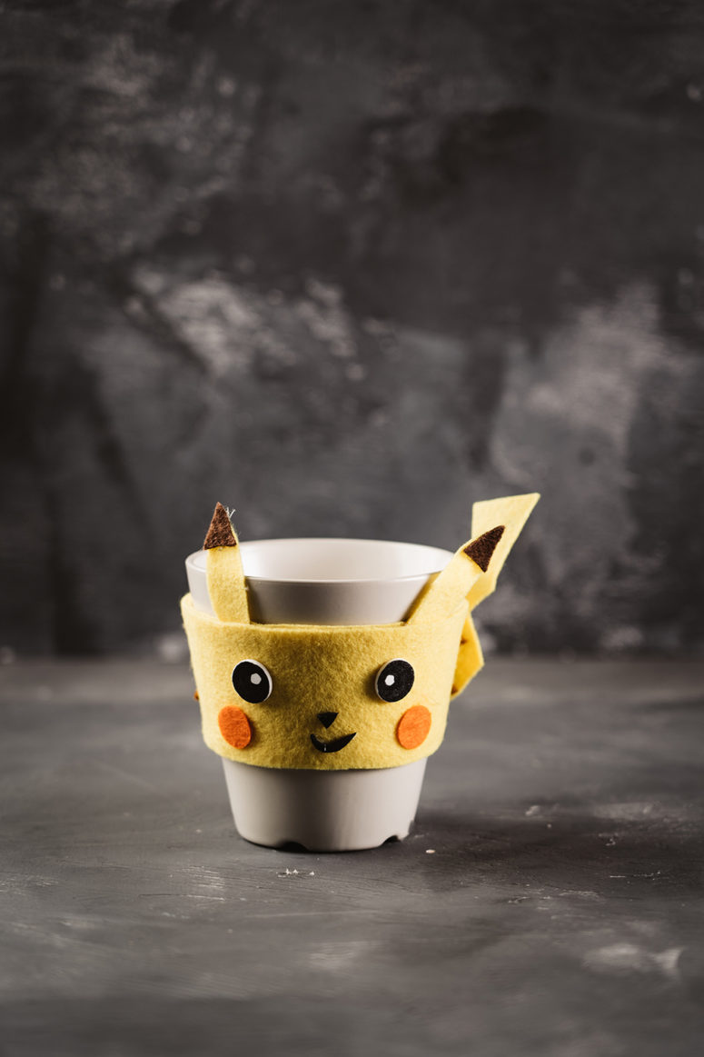 diy pikachu coaster and cup warmer