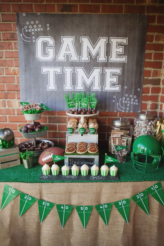 Football birthday party is a very popular theme idea, most of boys love activities and sport
