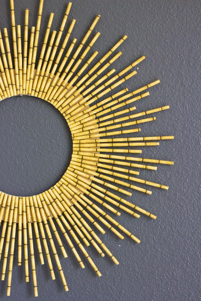 DIY straburst wreath of bamboo straws